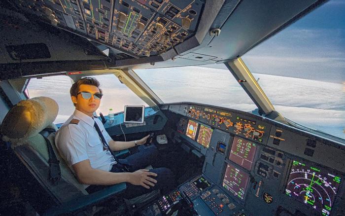 Từ phi công trẻ nhất nước Bỉ thành cơ trưởng của Vietjet