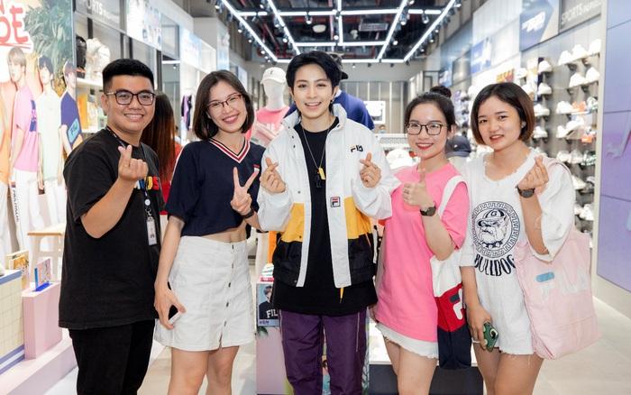 Gil Lê và dàn fashionista Sài thành tụ hội trong ngày FILA ra mắt cửa hàng đầu tiên tại Việt Nam