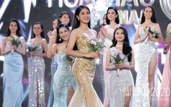Quyến rũ trong từng đường nét, người đẹp hàng không đi tiếp vào Chung kết Hoa hậu Việt Nam 2020