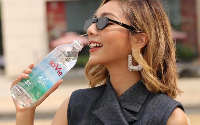 """Cách gọi """"nước suối"""" là phổ biến nhưng có thực sự chính xác?"""