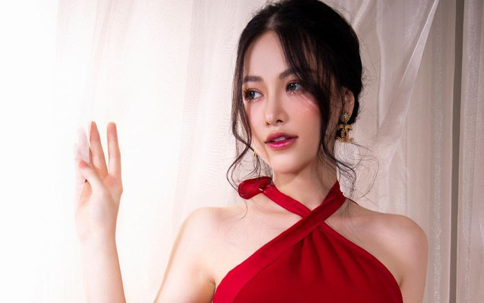 Dân tình ngỡ ngàng trước nhan sắc thăng hạng và vòng eo 58 của Hoa hậu Phương Khánh